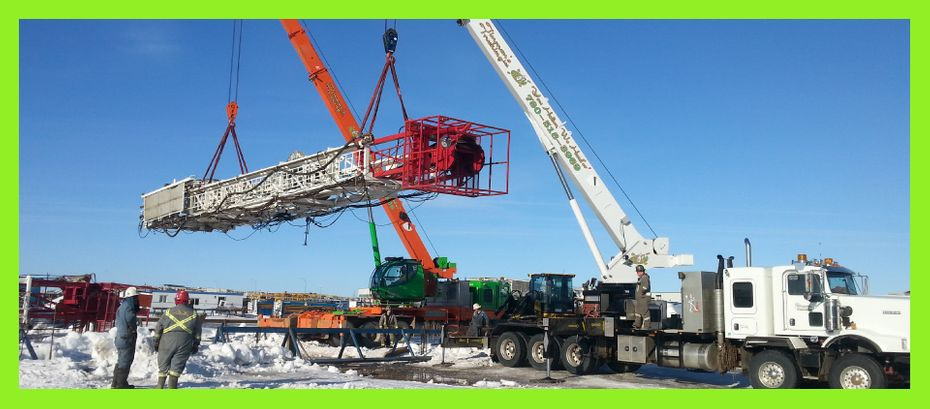 Tandem lift with picker trucks